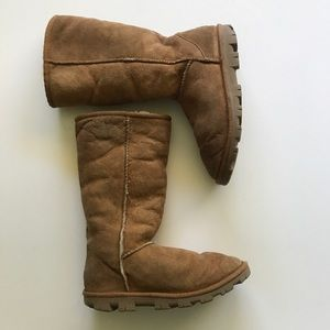 1ec20be5601 UGG Shoes | Boots Keppler Size 9 Never Worn New In Box | Poshmark